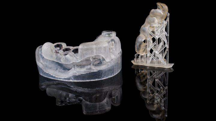 Szablon implantologiczny | Tworzywo